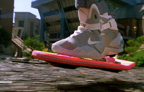 L'hoverboard: de la fiction a la realite
